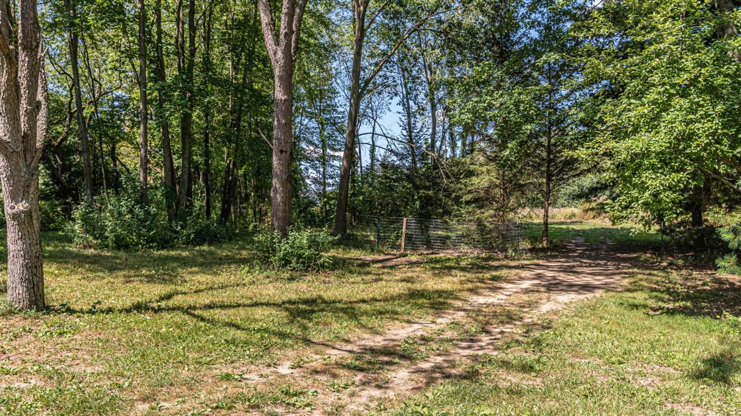 walking trails at 8220 n warner rd, a saline country home